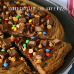 loaded-chocolate-chip-cookie-pizza