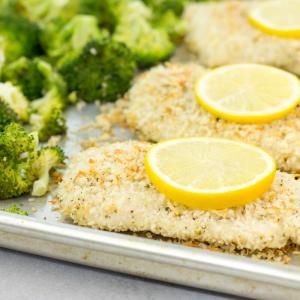 Crunchy Lemon Parmesan Chicken with Broccoli , sheet pan dinner, family dinner ideas, lemon chicken, easy dinner solutions, lemon broccoli, sheet pan recipe