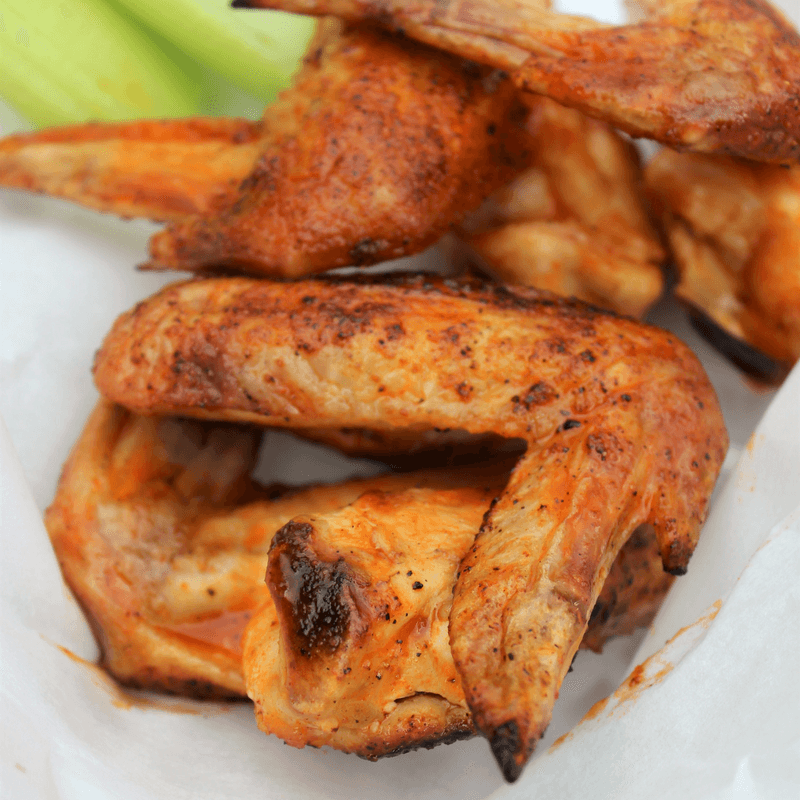 #DogsLoveNutrishDISH, #CollectiveBias, {+ Spicy Honey Grilled Chicken Wing Recipe}, 5 Tips to Allow Your Dogs to be Part of the Family During Dinnertime