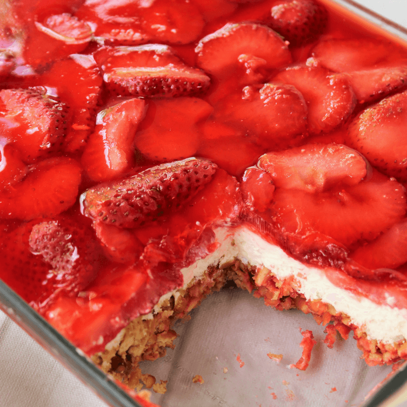 Layered Strawberry Pretzel Salad Dessert