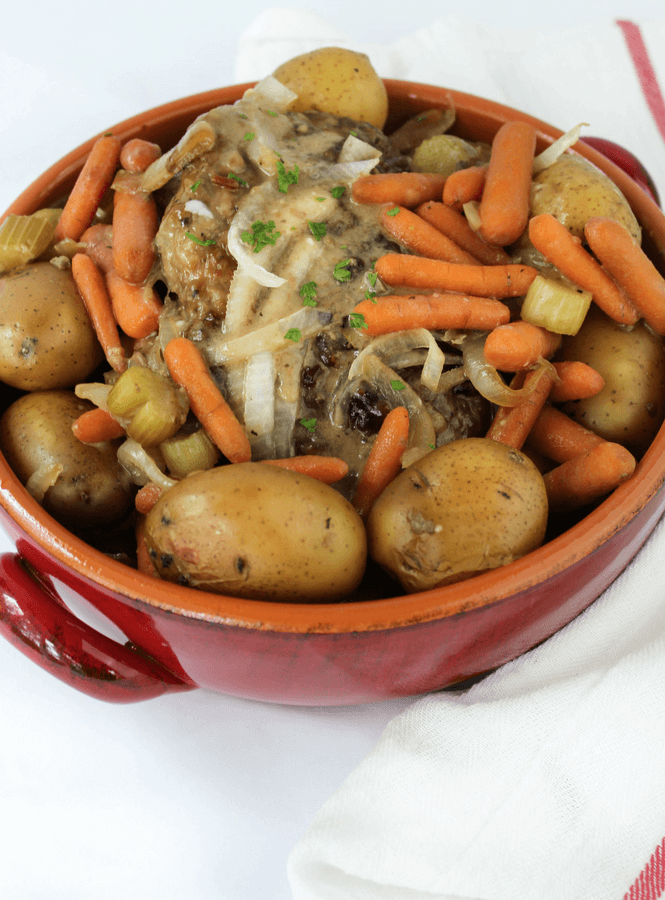 Slow Cooker Pot Roast, crockpot roast, family friendly recipe, #potroast #crocpot #slowcooker