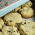 Crisco Mini Chocolate Chip Cookies