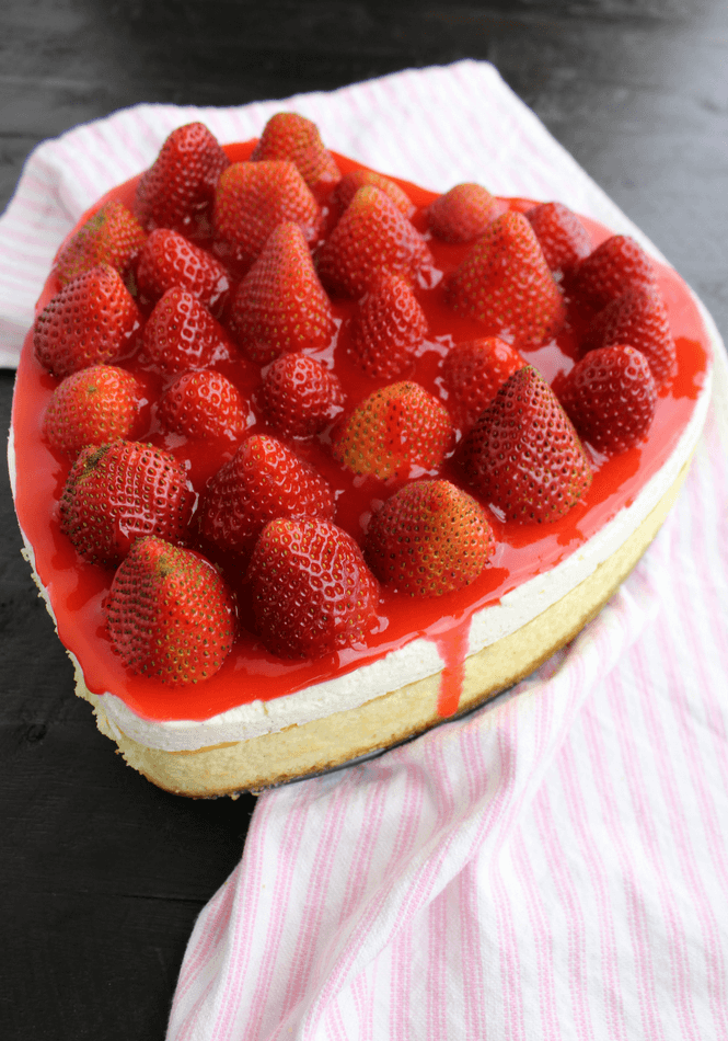 Cheesecake With Fresh Strawberry Topping Simply Made Recipes