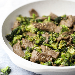 Beef and Broccoli Stir-Fry, keto stir fry, keto meal idea, gluten free dinner, gluten free recipe ideas, gluten free stir fry, healthy family dinner, recipe with ghee, how to cook with ghee