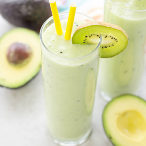 Avocado Kiwi Smoothie is made with fresh avocado, cucumber, kiwis and plain yogurt for a healthy breakfast or lunch that isn't too sweet | smoothie recipes | avocado recipes | healthy smoothies | breakfast ideas