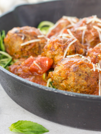 Italian Meatballs with Zoodles, low carb meatballs, zucchini noodles, paleo meatballs, gluten free meatballs, gluten free family dinner