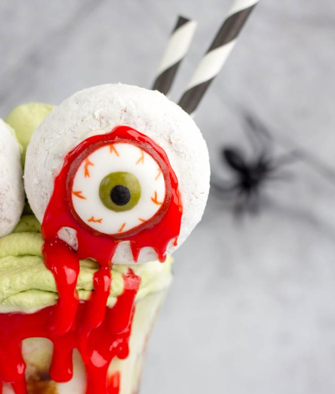 Bloody Monster Eyes Halloween Milkshake, halloween dessert, halloween milkshake, eyeball halloween recipe, Halloween recipe, matcha whipped cream, matcha green tea recipe, vanilla milkshake