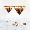 Peanut Butter Cup Whiskey Martini, skrewball peanut butter whiskey recipe, recipe for peanut butter whiskey, whiskey martini, dessert cocktail, chocolate martini