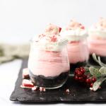 No Bake Peppermint Cheesecake Jars, peppermint cheesecake, Christmas dessert, individual Christmas dessert, holiday cheesecake, no bake cheesecake, oreo crumb cheesecake, cheesecake in a jar