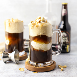 Boozy Peanut Butter Root Beer Floats, adult root beer float, boozy root beer cocktail, whiskey recipe, peanut butter whiskey recipe, skrewball whiskey recipe, how to make a root beer float, peanut butter dessert,